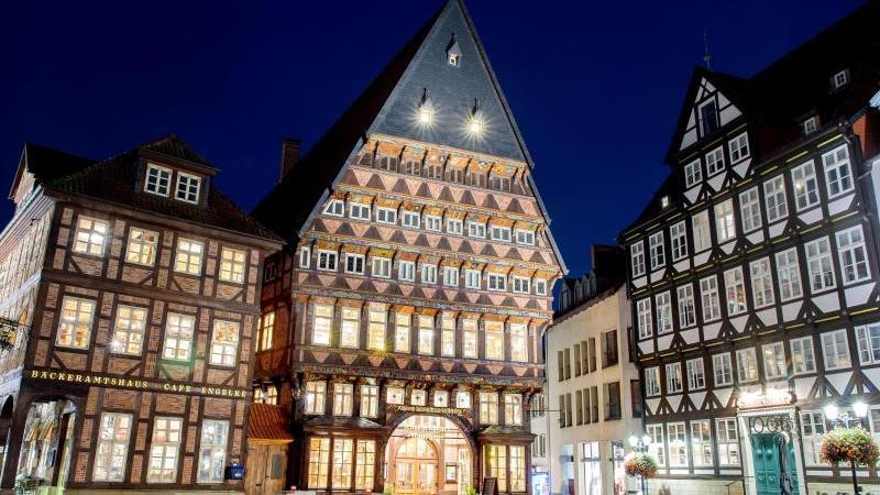 Das historische Knochenhaueramtshaus in Hildesheim. Die Stadt will Kulturhauptstadt 2025 werden. Foto: Hauke-Christian Dittrich/dpa