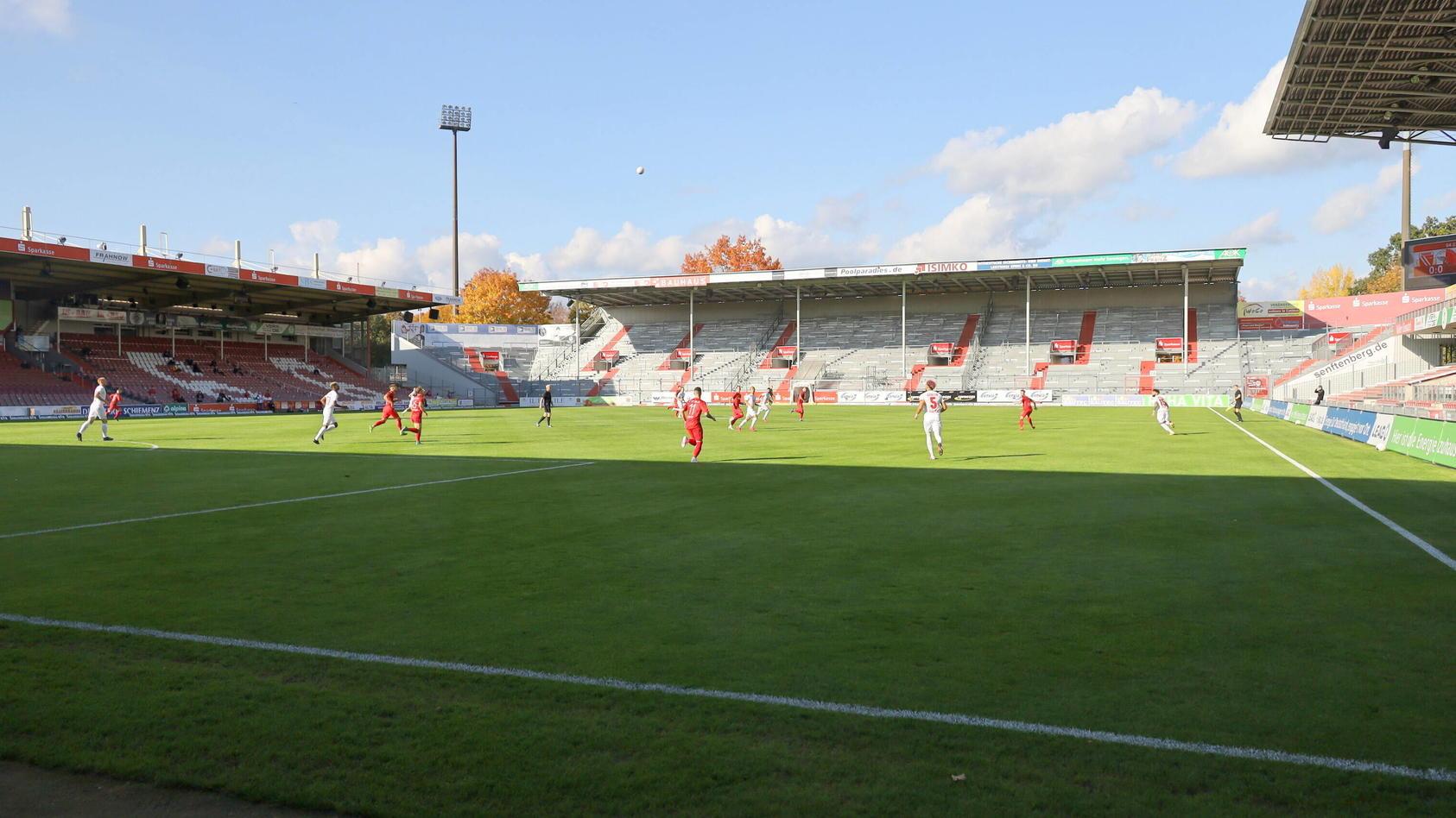 Geisterspiel im Cottbuser Stadion der Freundschaft Fussball Regionalliga Nordost 2020/2021 FC Energie Cottbus - Berline