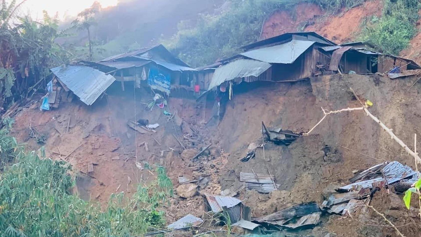 "In Vietnam verursachte Taifun ""Molave"" verheerende Erdrutsche."