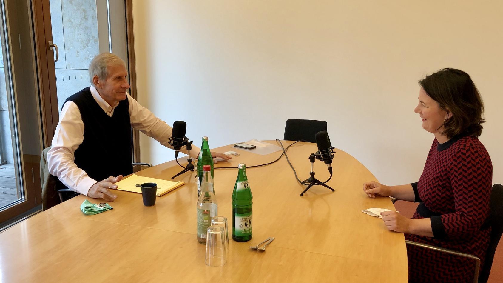 Ulrich Wickert trifft Annalena Baerbock