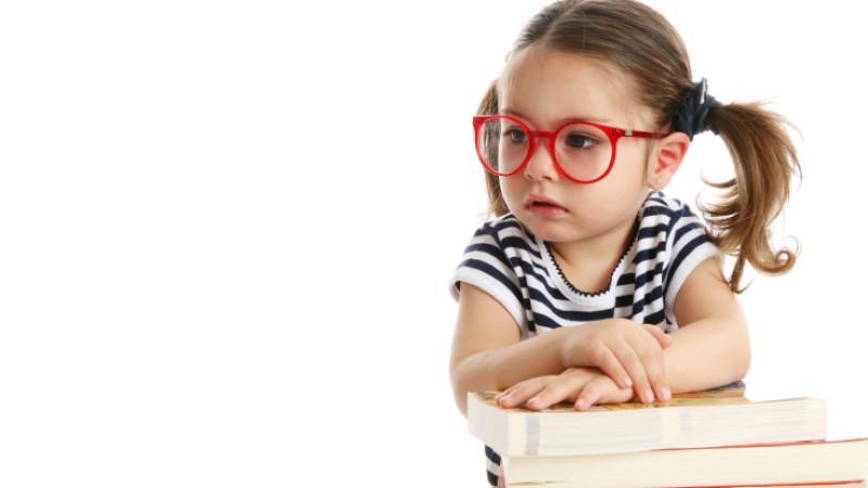 Erstgeborene haben ein 10 Prozent höheres Risiko eine Brille zu brauchen