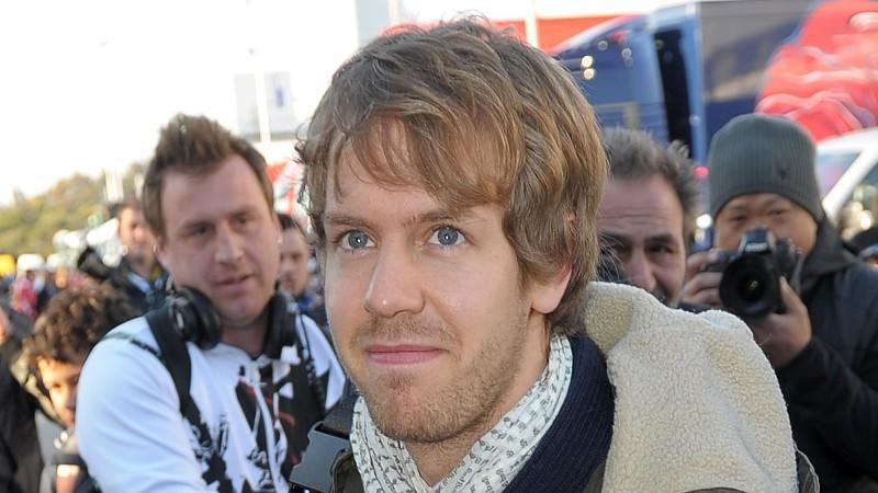 Sebastian Vettel erreicht den Circuito de Jerez