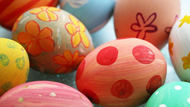Leckerer Rest vom Oster-Fest: Hartgekochte Eier lassen sich gut zu Saucen und Plätzchen weiterverarbeiten.