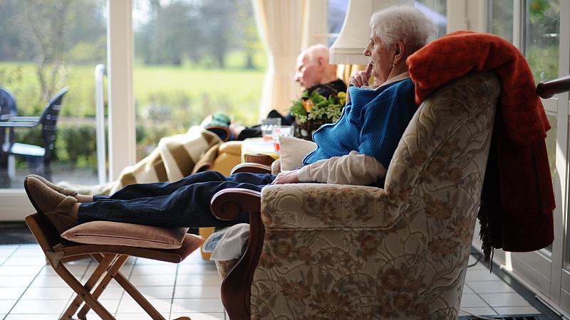 Pflege-Zusatzvorsorge: Gute Idee oder Klientelpolitik?
