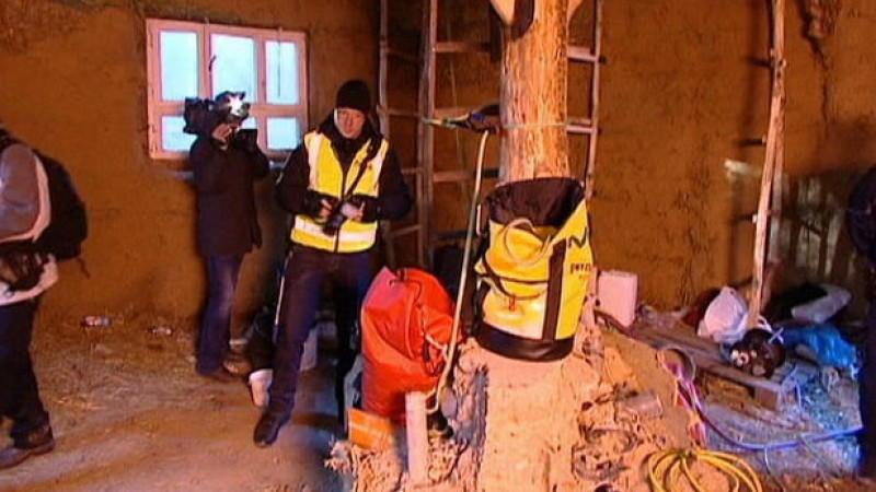 Hambacher Forst, Umweltaktivist, Maulwurf, Sechs Meter in die Erde eingegraben