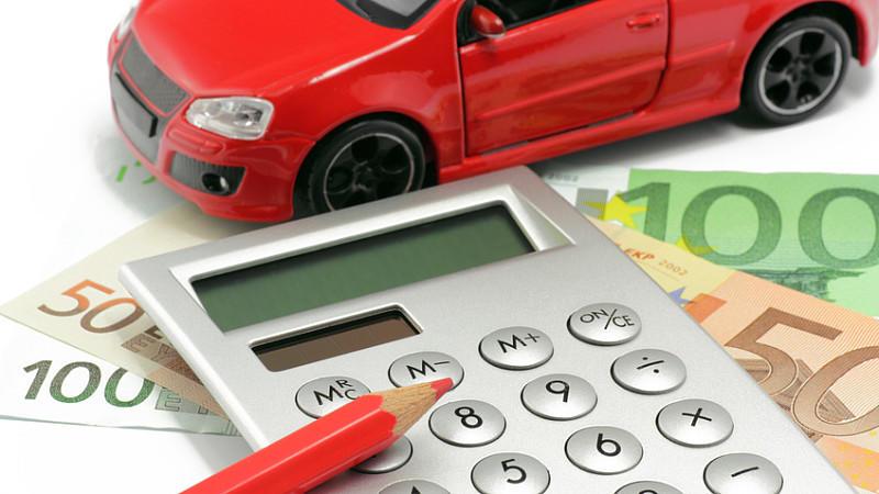 Stiftung Warentest hat geprüft, welche Variante der Autofinanzierung die günstigste ist.