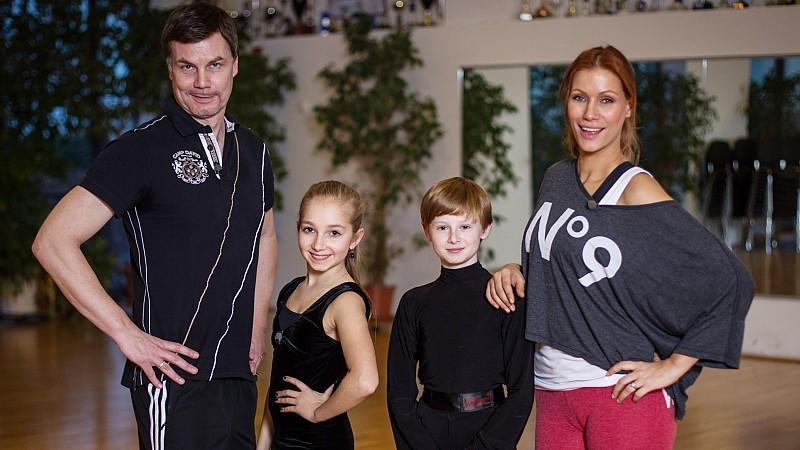 Shooting Stars - Promis an ihren Grenzen: Veronika und Daniel trainieren Yasmina Filali und Thomas Helmer