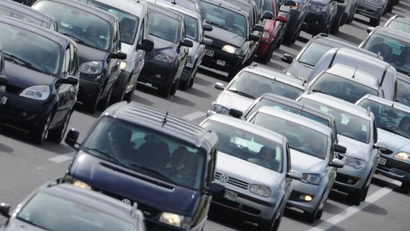 Studie: Autofahren ist viel zu billig – müssen die Steuern rauf?