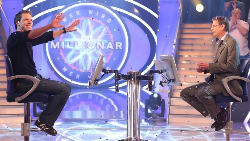 Setzen Sie sich auf den virtuellen Ratestuhl und werden Sie Millionär - wie der 13. WWM-Gewinner Sebastian Langrock.