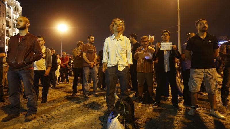 Stiller Protest auf dem Taksim-Platz
