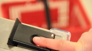 In einer Hamburger Schule sollen Kinder ihren Fingerabdruck abgeben, bevor sie ihr Essen bekommen.