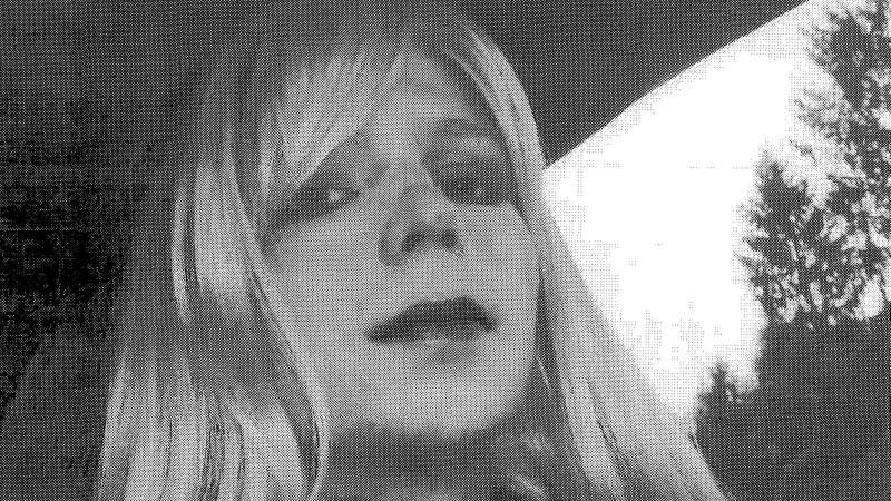 Manning zeigte sich auf Bilder als Frau