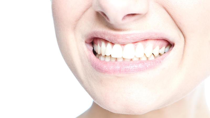 Zähne Putzen Mit Natron Gute Oder Schlechte Idee