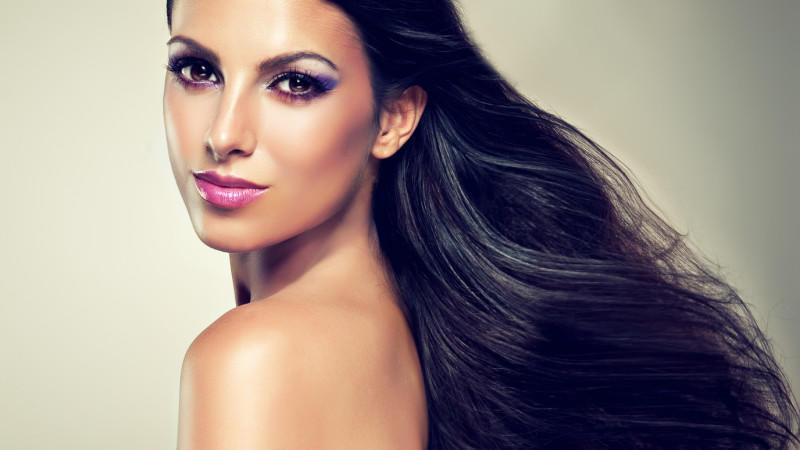 Haare schneller wachsen lassen: Was taugen Haarwuchs-Shampoos?