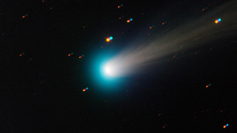 Der Komet Ison ist momentan mit etwas Glück mit bloßem Auge zu erkennen.