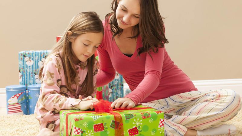 Kinder können mit vielen Geschenken schnell überfordert sein.