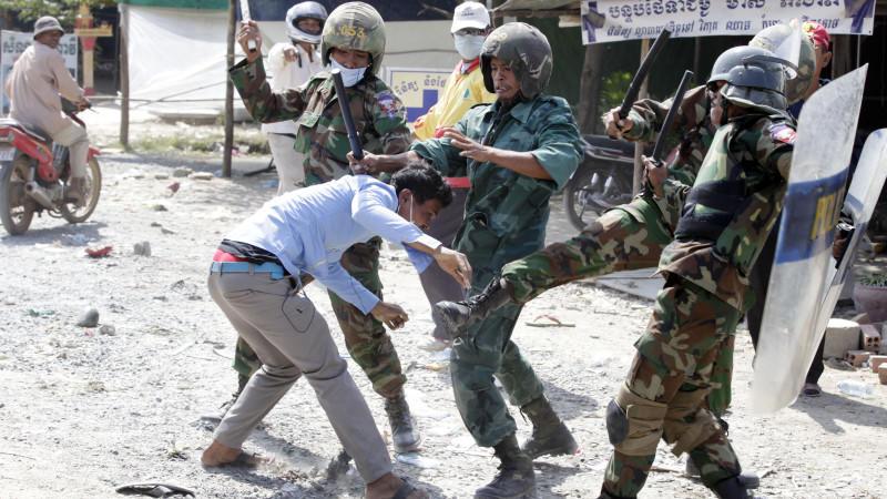 Kambodscha: Polizei tötet Streikende