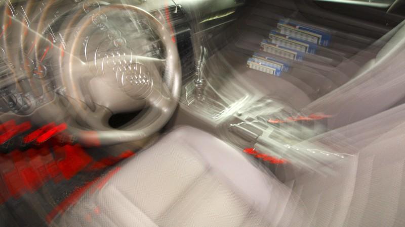 Ein stark betrunkener Mann (49) hat seinen Sohn in Schleswig-Holstein mit dem Auto zur Kita gefahren (Symbolbild).