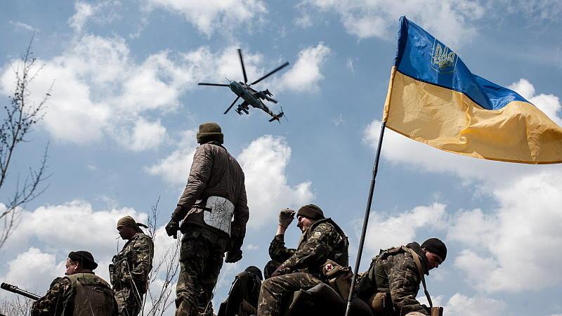 Krise in der Ost-Ukraine: Der Westen setzt auf Diplomatie und Drohungen