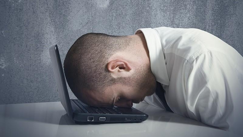 Internetsüchtig: Kann Internetsucht Depressionen verursachen?