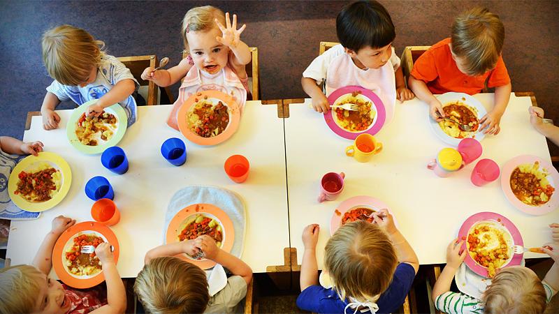 Bertelsmann-Studie zeigt gravierende Mängel bei Kita-Essen