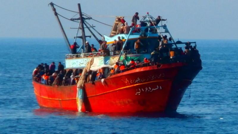 Immer wieder suchen Flüchtlinge den gefährlichen Weg übers Meer nach Europa.
