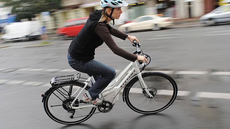 Stiftung Warentest 8/2014: E-Bikes