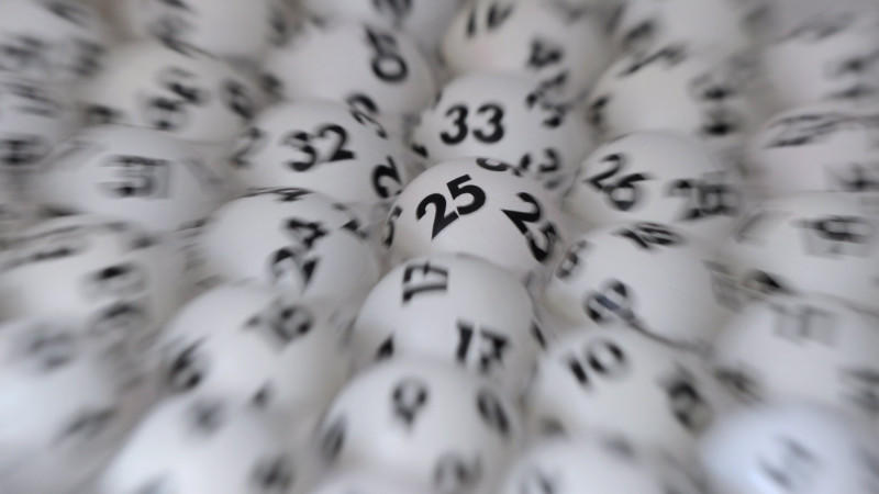 Lottokugeln (Symbolfoto)
