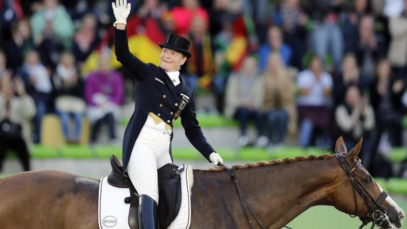 Dressurreiterin Isabell Werth holte in Caen ihr insgesamt siebtes WM-Gold.