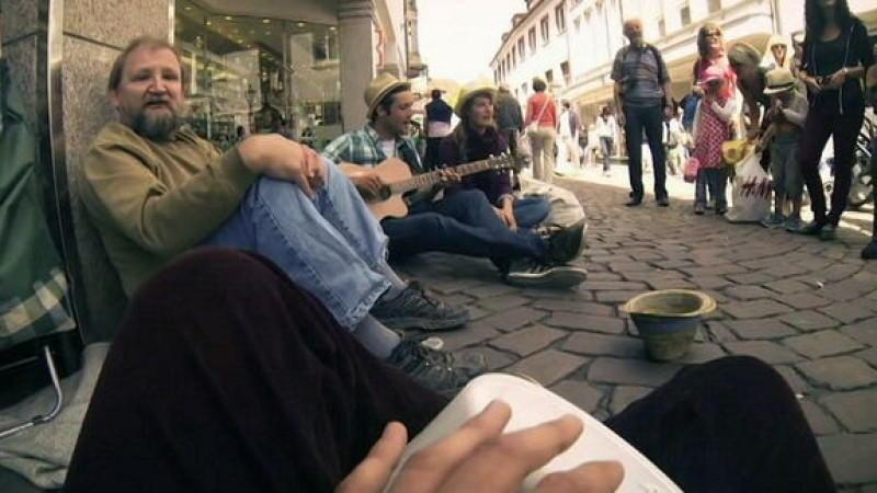 Obdachloser wird von Musikern besungen - Alles nur Fake?