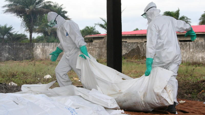 Ärzte Leichensäcke Ebola Liberia