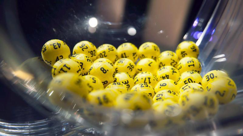 Die Zahlen 2, 9, 17, 25 und 29 sowie den beiden Zusatzzahlen 3 und 5 verhalfen in Finnland zum Sieg des Eurojackpots.