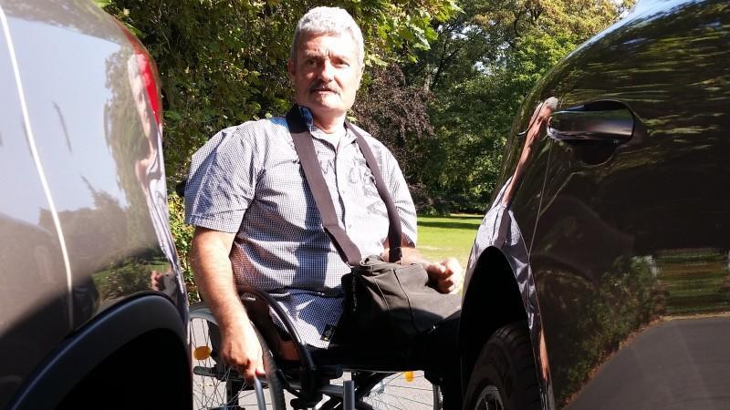 Situationen wie diese erlebt Peter Peeters immer wieder - die Behörden verweigern ihm dennoch einen Behinderten-Parkausweis.