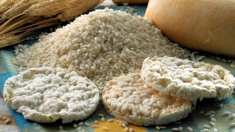 Reis und Reiswaffeln Keine Weitergabe an Drittverwerter.