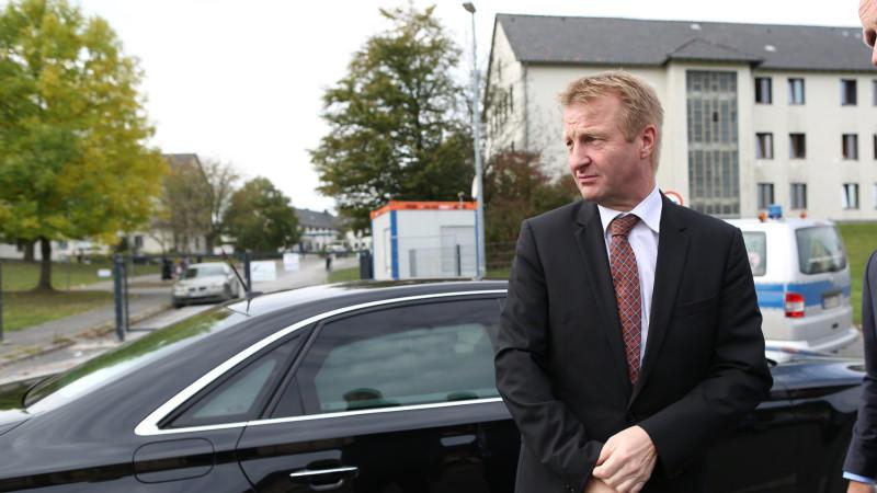NRW-Innenminister Jäger ist durch den Misshandlungsskandal unter Druck geraten.