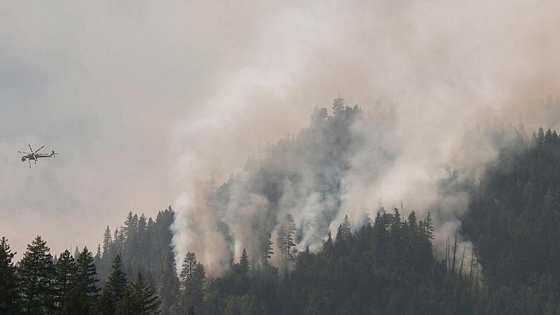 Erneut lodern die Flammen im US-NAtionalpark Yosemite (Foto: Archiv vom September 2014).