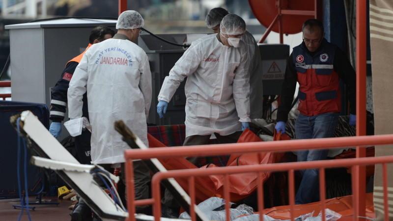 Istanbul: Rettungskräfte bergen Leichen