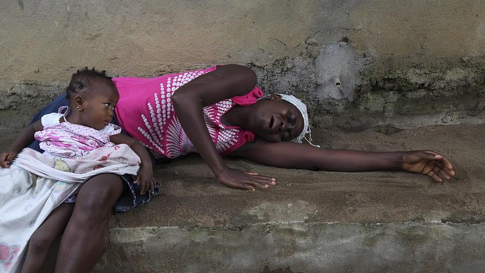 Besonders viele Menschen in Sierra Leone, Liberia und Guinea sind von der Ebola-Epidemie betroffen.