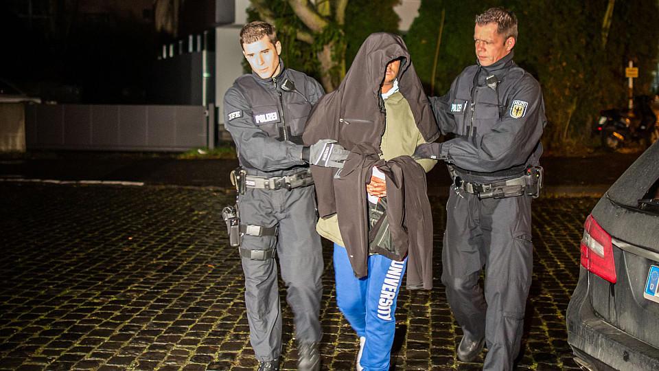 Die Bundespolizei nahm mehrere Beschuldigte fest.