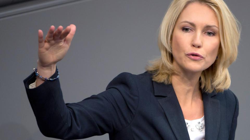 Bundesfamilienministerin Schwesig will künstliche Befruchtungen auch für Unverheiratete finanzieren.