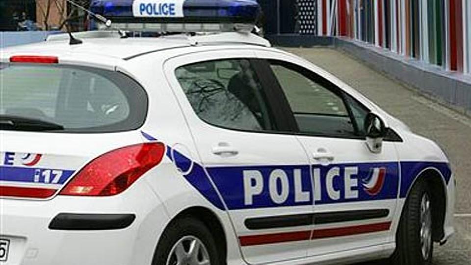 In Doussard soll ein Mann mit der Leiche seiner Ehefrau im Kofferraum rumgefahren sein. (Symboldbild)