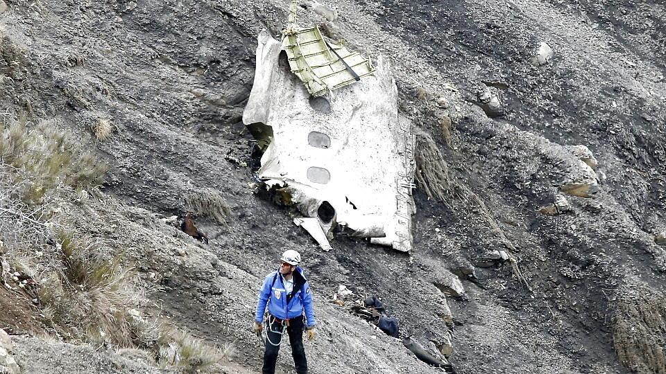 Todes-Pilot war am Absturztag krankgeschrieben