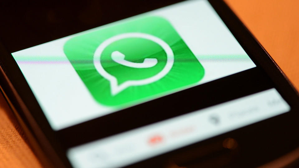 Lieber nicht per WhatsApp telefonieren: Wer nicht aufpasst, ist sein Daten-Guthaben schnell los!