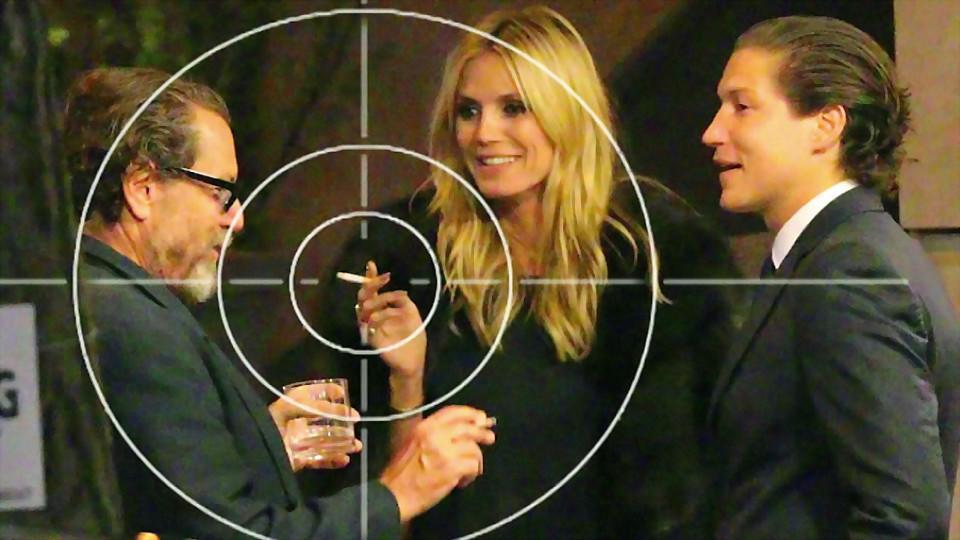 Heidi Klum raucht.jpg