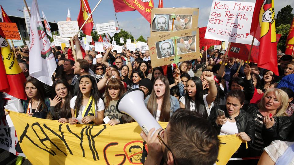 Mehrere Verletzte bei Protesten gegen Erdogan-Auftritt
