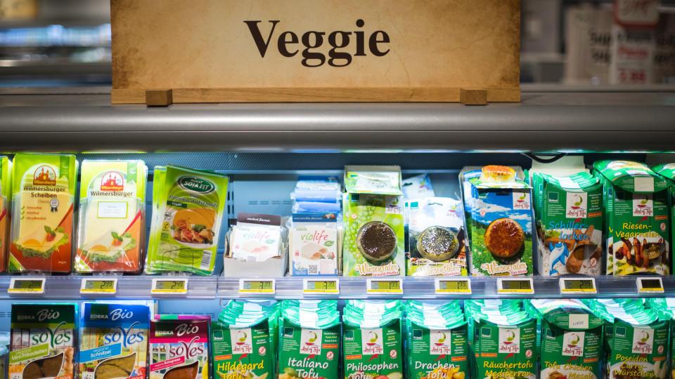 Mit dem Veggie-Trend kamen viele vegane Fleischersatzprodukte auf den Markt.