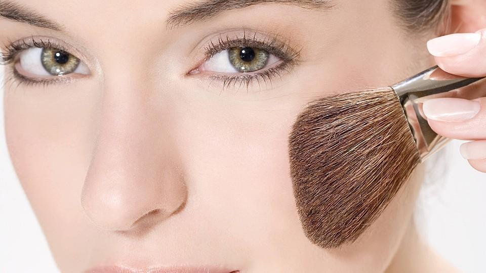 Schmales gesicht schminken Gesicht schmaler