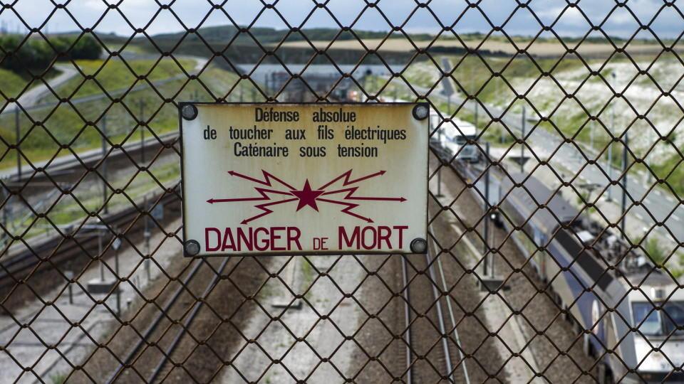 Dramatische Lage in Calais: Hilflos an den Enden des Tunnels