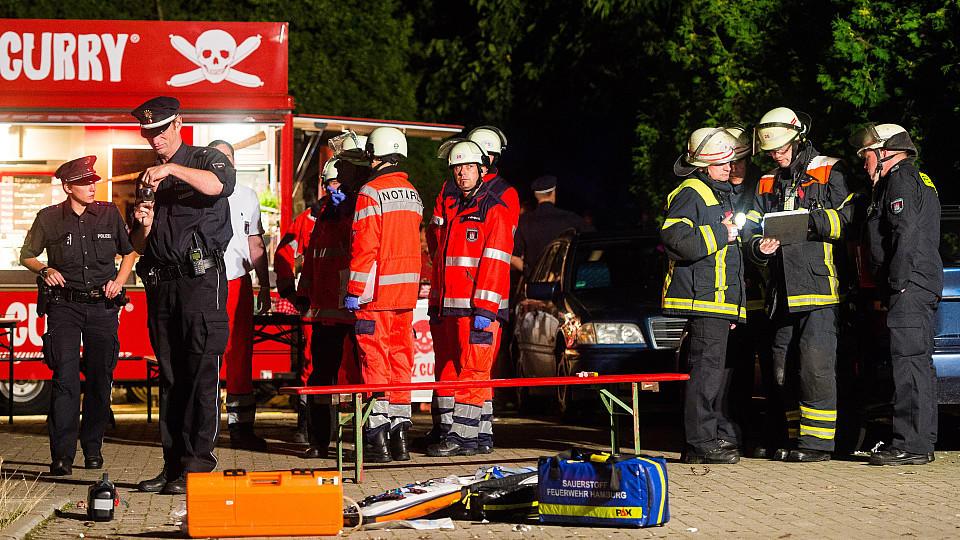 Party-Feuerwerk in Hamburg: Mann stirbt - zwei Verletzte