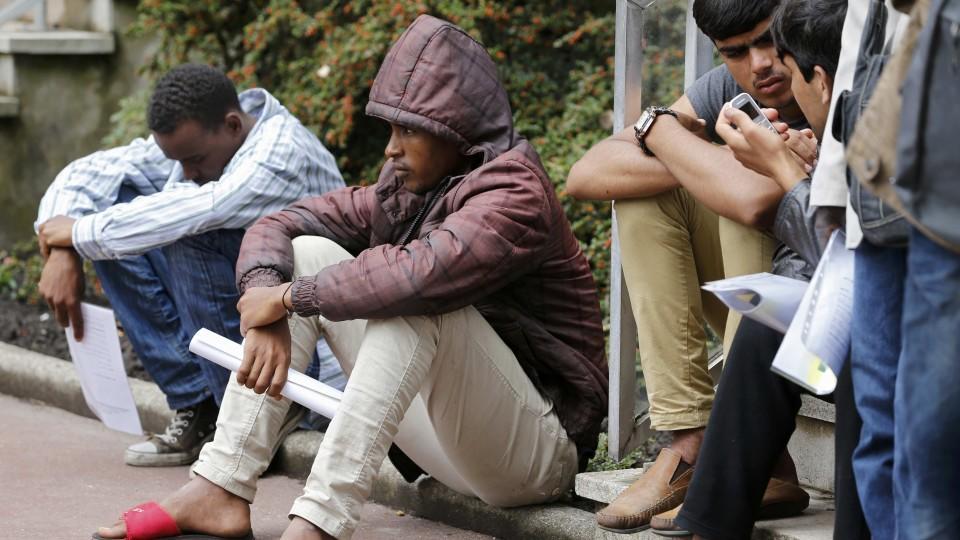 Großbritannien will illegale Einwanderer härter bestrafen
